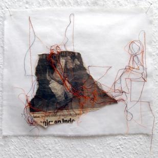 FILI DI ATTUALITA#12 / newspaper sewing on fabric / 30×30 cm / 2006-2010